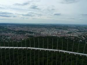Pohled z televizní věže na Stuttgart