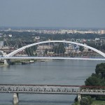 800px-Bridges_over_the_Danube_river_in_Bratislava,_view_from_Nový_most_viewpoint