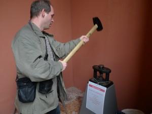 V muzeu jsme si mohli vyrazit císařský denár.